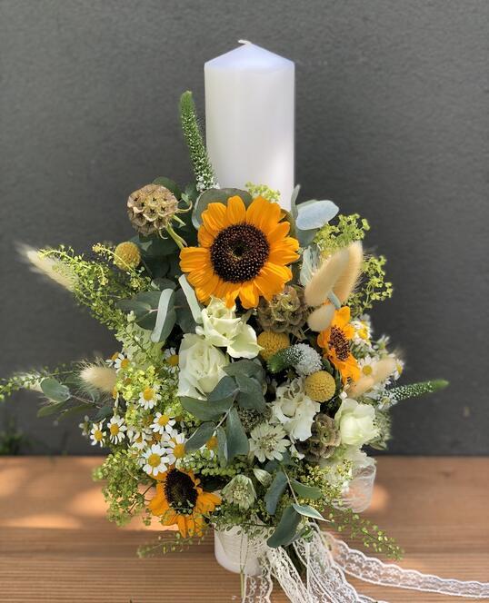 Lumanare de Botez cu Floarea Soarelui si Flori de Vara