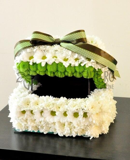 Cutie de Dar din Flori