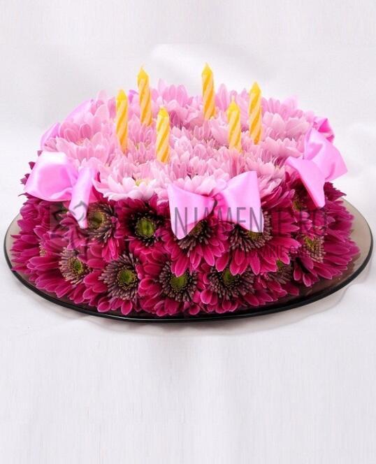 Tort din Flori cu Crizanteme Mov-Roz