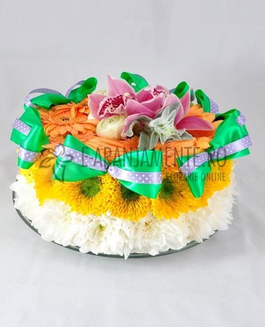 Tort din Flori cu Minigerbera si Crizanteme